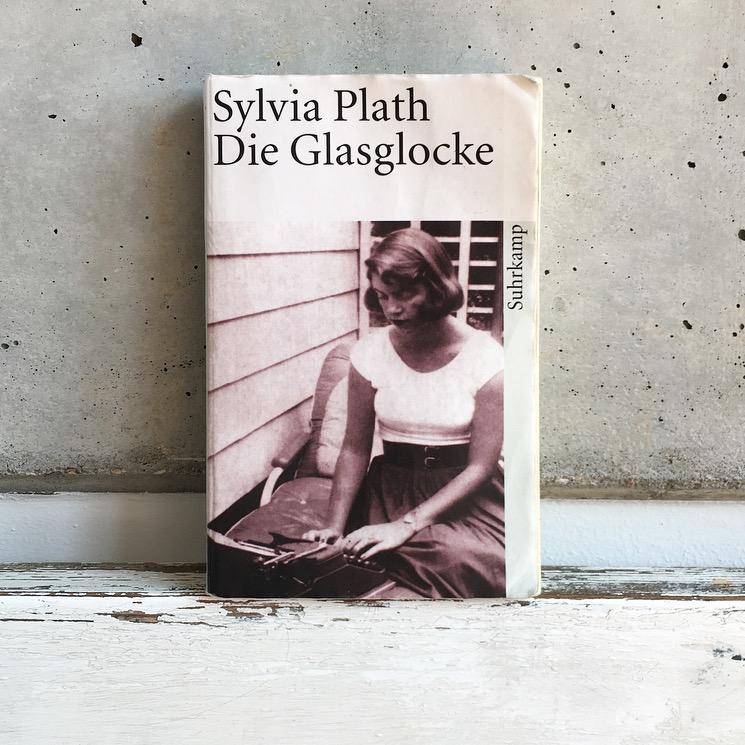 Nord Verlag spricht mit Emilia von Senger, darüber wie sie die Wirklichkeit als Buchhändlerin der Berliner Lesen und lesen lassen Buchhandlung erlebt.